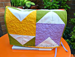 Sew Sisters Quilt Shop: Kona Club Challenge - Tulip Tower Table ... & Sew Sisters Quilt Shop: Kona Club Challenge - Tulip Tower Table/Sewing  Machine Topper Adamdwight.com