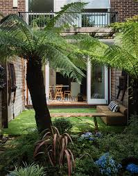 Urban Space: Getting My London Garden to Love Me Back   Garden ...