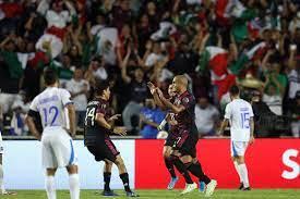 Mexico gets a 1-0 win over El Salvador ...