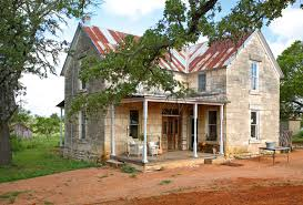 Decorating Old Houses A Must See Renovation Of A 19th Century Stone House In Texas