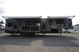 cyclone 4200 the 2017 cyclone 4200 offers you the best of both worlds with 12 feet of garage e you won t have to decide which toys have to stay home