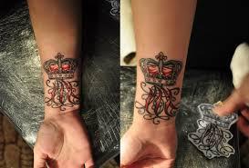 корона на запястье тату значение значение татуировки корона смысл