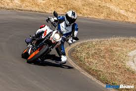 2018 ktm duke 200 t. interesting duke 2017 ktm duke 200 video review  motorbeam  indian car bike news  price with 2018 ktm duke t l