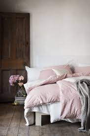 patterned duvet cover set double duvet cover set with an all over print on fine threaded cotton in yarn with a thread count of the duvet cover fastens at