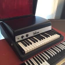Vintage fender bass keyboards