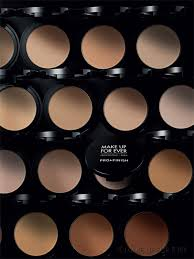 pro finish a flawless plexion in just minutes profinish the pact for professionals by make up for ever s makeup