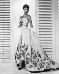 Eisen auf Audrey Hepburn Sabrina