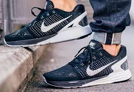 nike running shoes for men on feet. men and women nike lunarglide 7 running shoes casual sneaker in black white lqtfgjo for on feet u