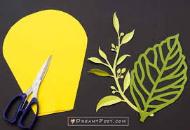 Paper Flower Cutting Tools Giant Paper Flowers Step By Step Tutorial And Templates