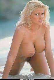 Anna nicole big boobs