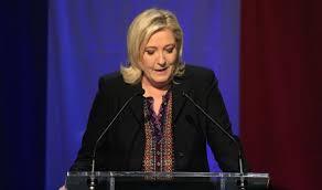 فرنسا - متظاهرون يساريون يفسدون مؤتمرا لمارين لوبان
