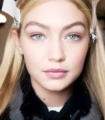 full brows 80s makeup trends