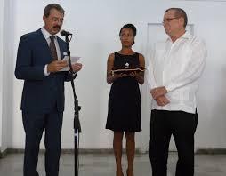 Roberto Smith de Castro, Caballero de la Orden de las Artes y (...) - La  France à Cuba