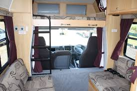 walkabout als super luxury 6 berth with shower and toilet