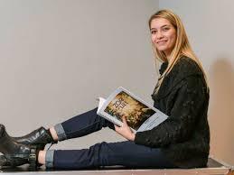 Tinne Oltmans toont lef en weigert deze geweldige aanbieding