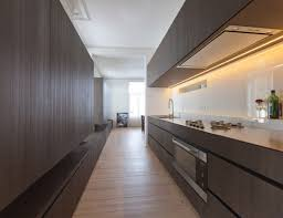 long kitchen with extra long bench by belgian architect pieter thooft warm white led strip