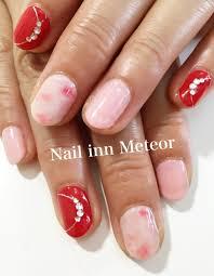 赤ピンク ふんわりマーブルビジューnail Inn Meteor大府市の