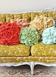 da maglioni a cuscini 5 ispirazioni di home decór che riutilizzano materiali di scarto