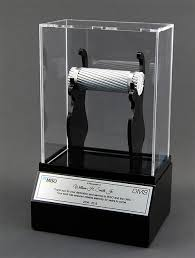 customized trophies indianapolis customized gifts trophies for corporate award recognition