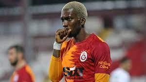 Onyekuru Galatasaray'a veda etti