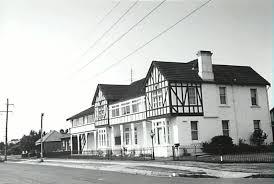 dapto post office. Dapto Post Office. Former Illawarra Lake Hotel Office O
