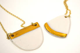 in this two part ceramics work you will learn how to make porcelain ceramic pendants decorated with gold er