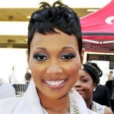 african american short black wavy hairstyle