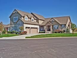 6 Bedroom House 6 Bedroom Homes Feet 6 Bedrooms 3 Batrooms 2 Parking Space  On 1