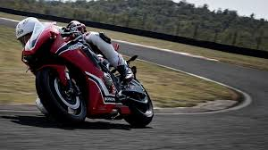 2018 honda 1000rr. wonderful honda front threequarter facing honda cbr1000rr on race track to 2018 honda 1000rr