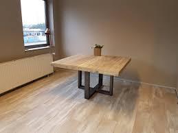 Vierkante Eettafel U Kruis Firma Hout Staal Vierkante Tafel 120 X 120
