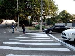 Resultado de imagem para foto de faixas de pedestres