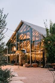 40 rustic barn wedding venues