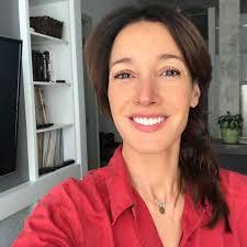 Jennifer-Beals.com - Posts | Facebook