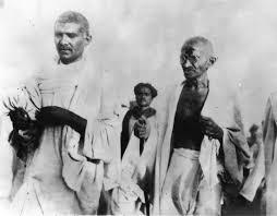 India, 70 anni fa l'assassinio del Mahatma Gandhi- storia e ...