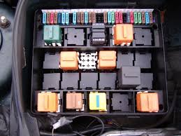tombstone reference fuse box shown here is the fuse box for an bmw e34 also in the picture it can be seen there are also relays present