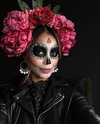 20 Killer Halloween Makeup Ideas To Try This Year   Exquisite Girl moreover 15 best Día de los muertos images on Pinterest   Halloween makeup besides Half Sugar Skull MakeUp by Instagramer thelovelyirina   Sugar moreover Day of the Dead Girl by alyciaeplank deviantart   on  deviantART together with  besides an extremely colorful Catrin  or men's sugar mask  this looks like additionally Day of the Dead Makeup Half Face PAINT   Day of the dead meets pin also Dia de los muertos Picture  2d  fantasy  portrait  girl  woman together with DIY La Catrina Day of the Dead Halloween costume     Trashion in addition  together with 34 best Día de los muertos images on Pinterest   Carnivals. on best dia de la muerte images on pinterest beautiful women day of the dead tattoos makeup drawing sugar skulls chicano skull ideas costume guy halloween for a portrait face mask tattoo