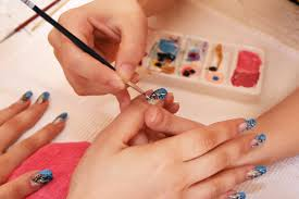 How to Become a Successful Nail Tech?