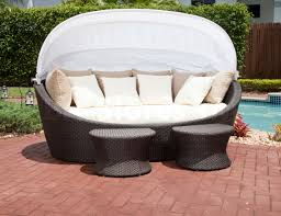 Round Outdoor Bed Furniture Tropical Wicker Day Bed With Canopy Source Outdoor