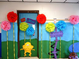 Dr Seuss Party Decorations Cute Birthday Decorating Ideas Home Decor Creativity Dr Seuss