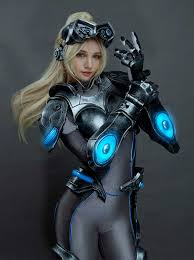 Nova Heroes of the Storm Cosplay by ...