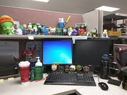 tough mudder office. my desk right now people in the office think itu0027s pretty awesome i work government so as long nothing is offensive have lots of liberties tough mudder