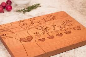 ... custom family tree wooden cutting board ...