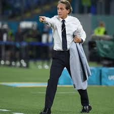 """Goal on Twitter: """"Roberto Mancini felt too hot while managing Italy vs  Switzerland but couldn't mess up the sleek jacket 🤷♂️ #EURO2020…  https://t.co/PWzPRgERTC"""""""
