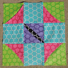 Free Pattern - Cathedral Window Quilt Along, Block Six &  Adamdwight.com