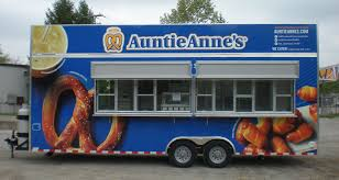 <b>Food Trucks</b> vs. Food <b>Trailers</b> | Custom <b>Concessions</b>