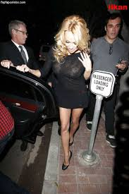 Pamela Anderson Paparazzi Photos Celebrity Leaked Pictures