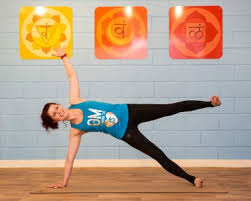 read futher to discover sinead s journey deciding to bee a hot yoga teacher