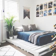 Bed Under Bed Design Sleep On A Pallet Small Bedroom Ideas For Couples