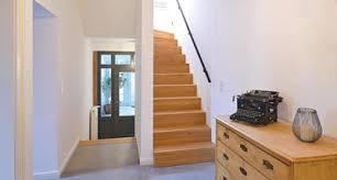 Treppen lassen sich offen und geschlossen bauen. Treppe Gelander Stufen Treppenbauer Holz Design In Dreieich