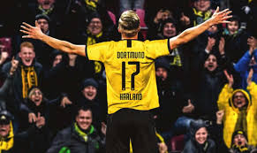 Augsburg - Borussia Dortmund 3-5 highlights e gol, Haland ...
